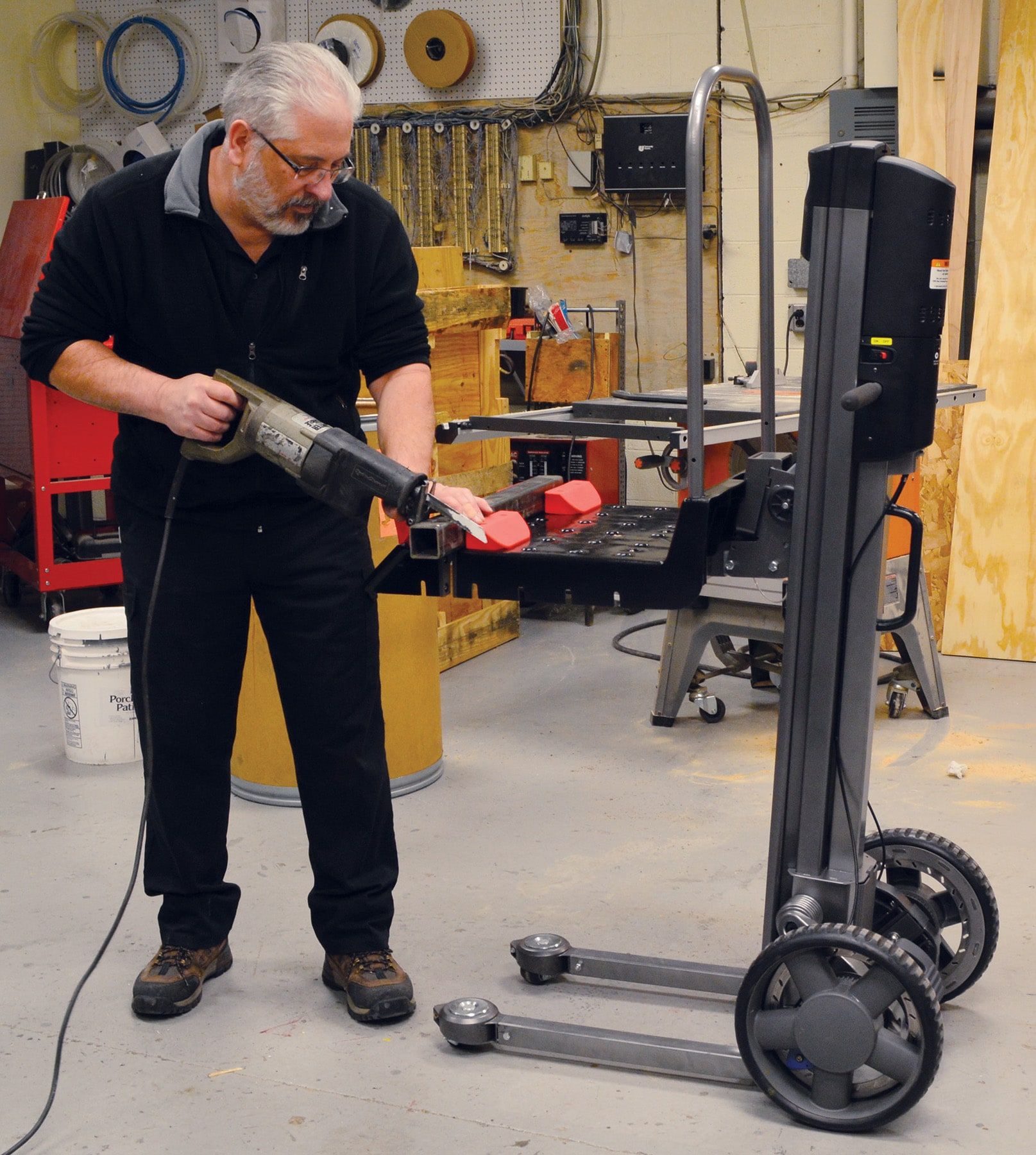 LiftPlus™ with Saw